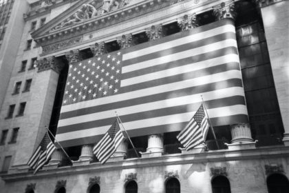 American flags in front of the New York Stock Exchange